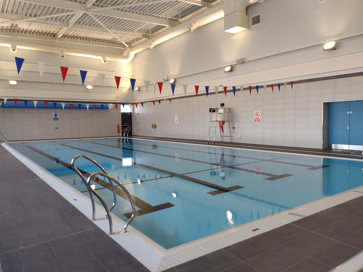Lossie swimming pool
