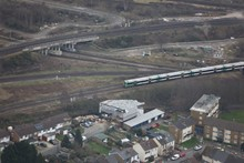 Croydon bottleneck / Selhurst triangle: A Southern service passes through the Selhurst triangle, where routes from London Bridge and Victoria converge north of East Croydon station