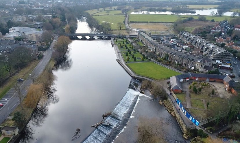 Senior Leeds councillors set to back Otley flood prevention plans: otleydronepicture-138687.jpg