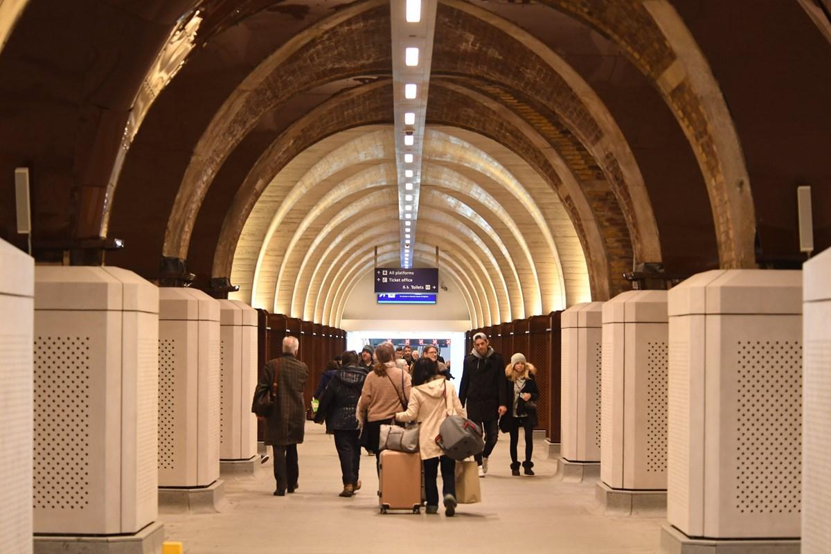 People at London Bridge station