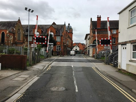 £200million improvement at Derby station will mean temporary changes at level crossings