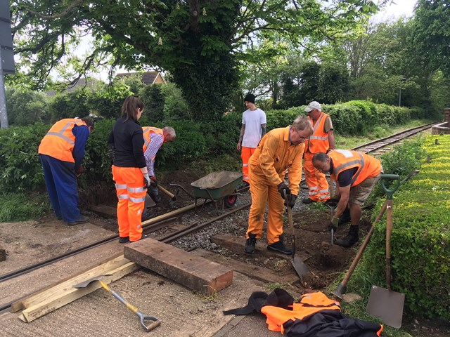 Work to install anti-trespass guard on Leighton Buzzard Railway level crossing
