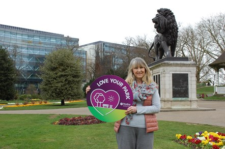 Cllr Karen Rowland, Reading's Lead Councillor for Recreation: Karen supporting the 'Love Your Park' anti-litter campaign. Photo taken in the Forbury Gardens.