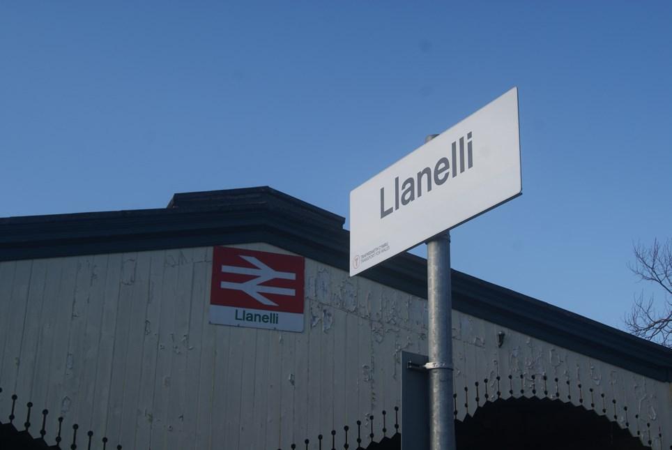 Llanelli signs