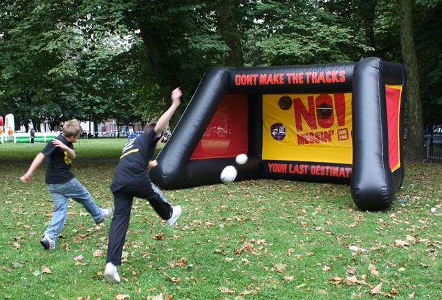 SOUTHAMPTON GETS THE NO MESSIN' MESSAGE: Football fun at No Messin' Live! Southampton