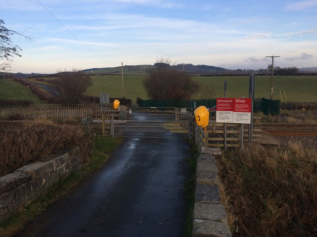 A £7.5m upgrade scheme in Mid Wales improving rail safety will begin in the New Year: Ystrad Fawr level crossing