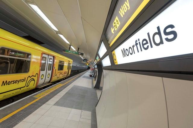 Moorfields station platform upgrade