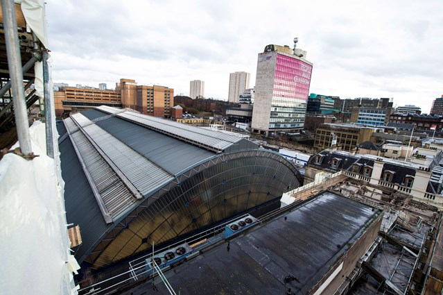 New landmark for Glasgow on track at Queen Street: Glasgow Queen Street - Consort House demolition (listed stn roof, from Consort House)