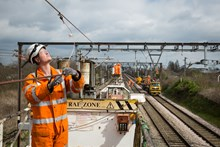 Upgrades to overhead wires at Chadwell Heath 201889: Crossrail