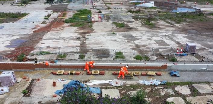 Kirkstall Road flood wall: Work on the Leeds Flood Alleviation Scheme on Kirkstall Road  (image courtesy of BMMjv)