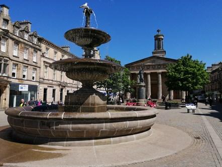 Elgin plainstones fountain