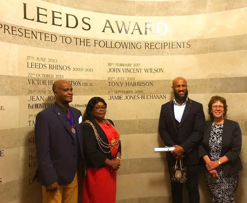 Leeds Rhinos star Jamie Jones-Buchanan receives prestigious Leeds Award: jamiejones-buchananleedsaward-928621.jpg