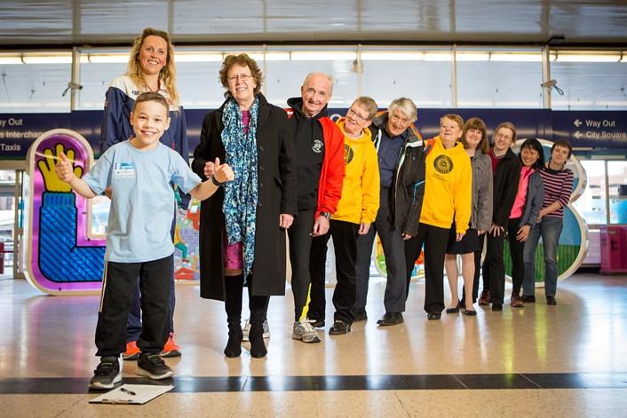 Volunteer programme for the Columbia Threadneedle World Triathlon Leeds launches: 07baileymatthewsbritishtriathleteheathersellarsandleedscitycouncilleadercouncillorjudithblakesign-upvolunteersforthecolumbiathr.jpg