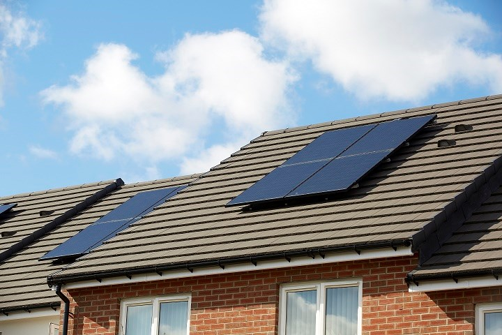 Low-income homeowners in Leeds can now apply for free solar panels and insulation, thanks to a new scheme to help residents save money and tackle climate change.: Solar panel on roof