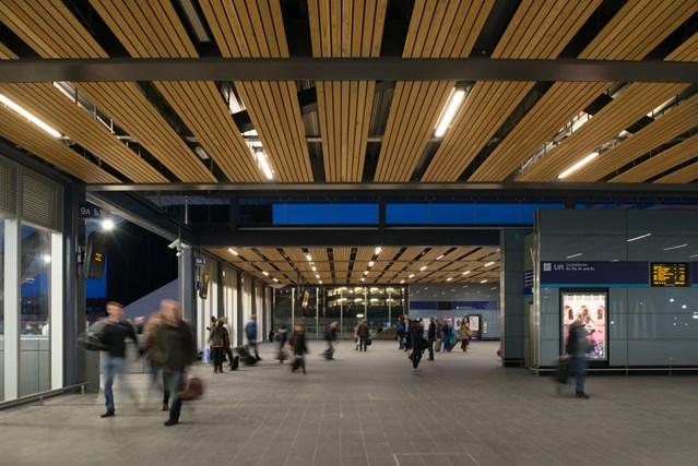Station staff prepare for Reading Festival revellers: Passenger footbridge at the redeveloped Reading station