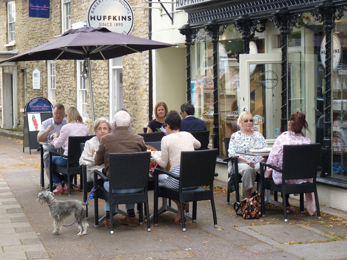 Huffkins pavement seating