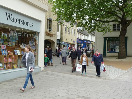 Council plans for the safe reopening of high streets: Witney town centre