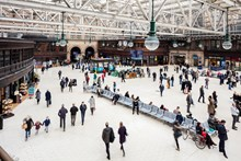 Glasgow Central - concourse with crowd: Glasgow Central railway station train station retail shops shopping busy crowds