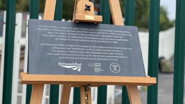 Llangennech anniversary plaque2