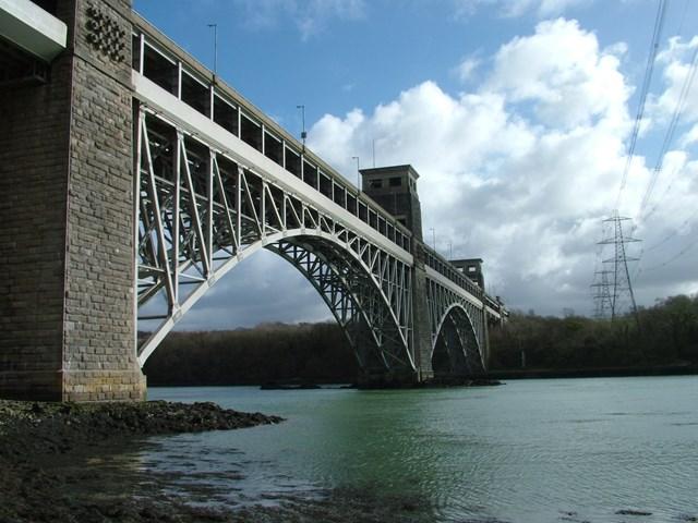 Britannia bridge: Britannia bridge