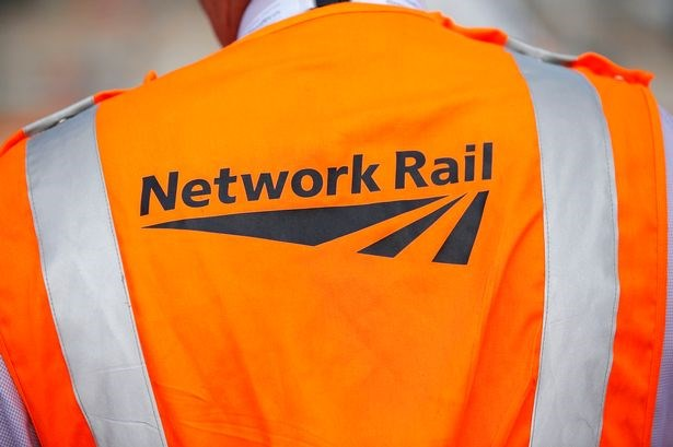 Network Rail Level 3 Engineering Apprenticeship: You're Hired!: Cover-32