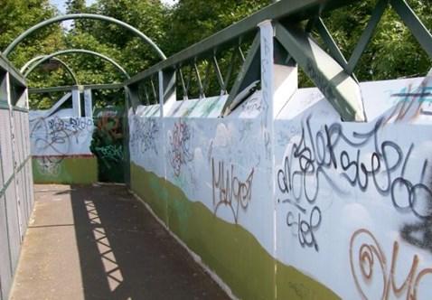 Faversham Long Bridge Graffiti 3