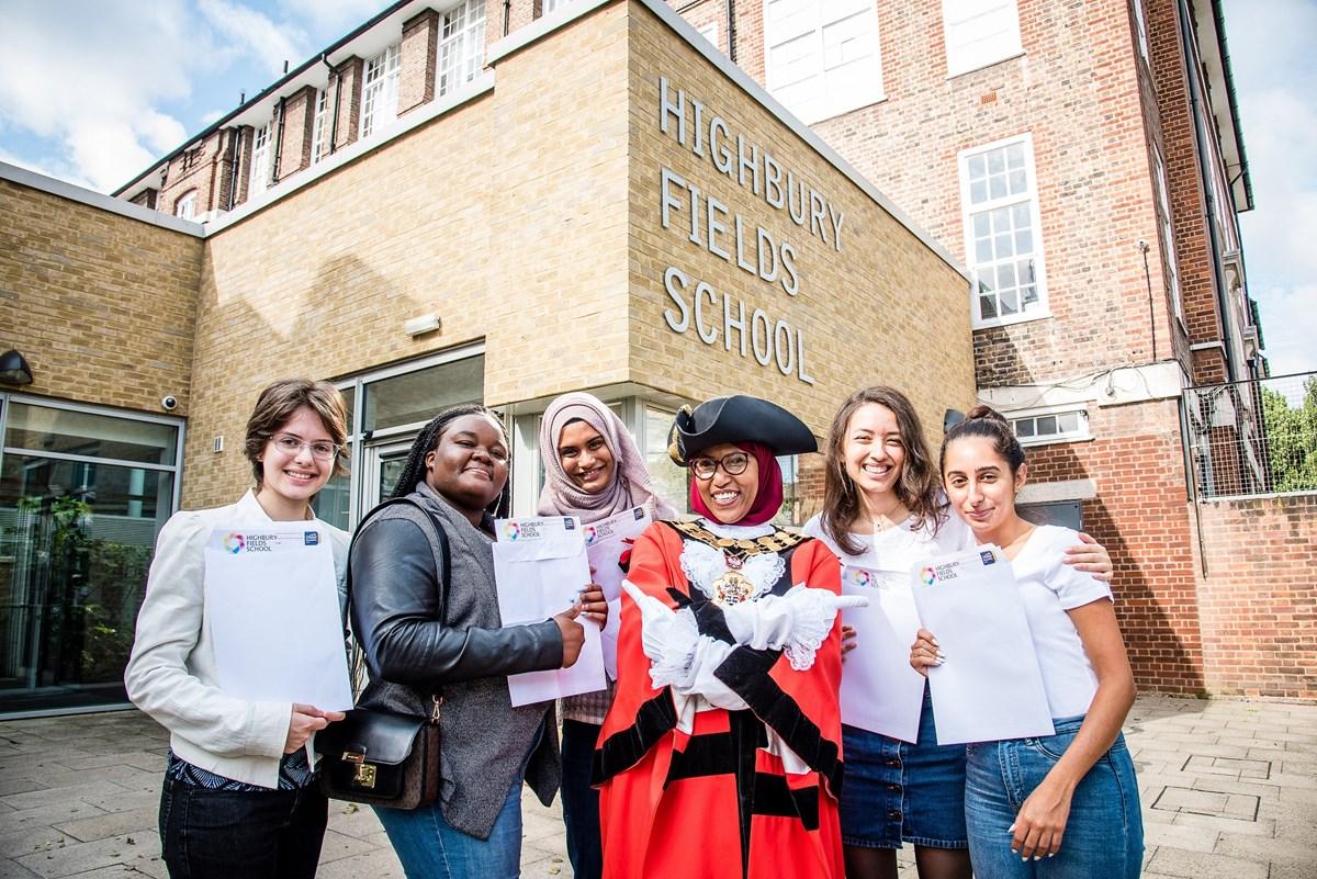 A-levels results day at Highbury Fields School with (L-R) Luiza Sommariva, Iris Britwum, Maryam Begum, Mayor of Islington, Cllr Rakhia Ismail, Jenna Cahusac de Caux and Begum Aksu
