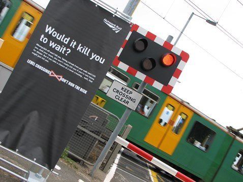 Tile shed level crossing - European day of action_001