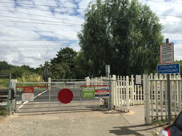 Residents invited to information event about the closure of Hertfordshire level crossing: Trinity Lane Level Crossing Waltham Cross