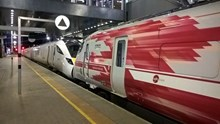 The new electric trains are expected to be in service between Maidenhead and London Paddington from May