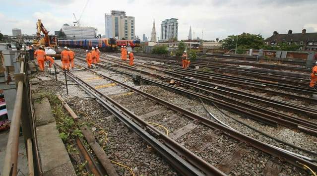 TIMELAPSE VIDEO: Bank Holiday upgrades deliver better railway for passengers: August Bank Holiday image from timelapse