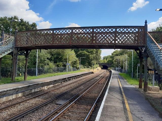 Bookham footbridge-3