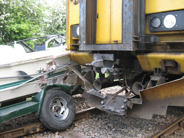 Boat towed by car collides with train (2), Barton-on-Humber: Barton-on-Humber LX (18.05.08) - boat towed by car collides with train (2)
