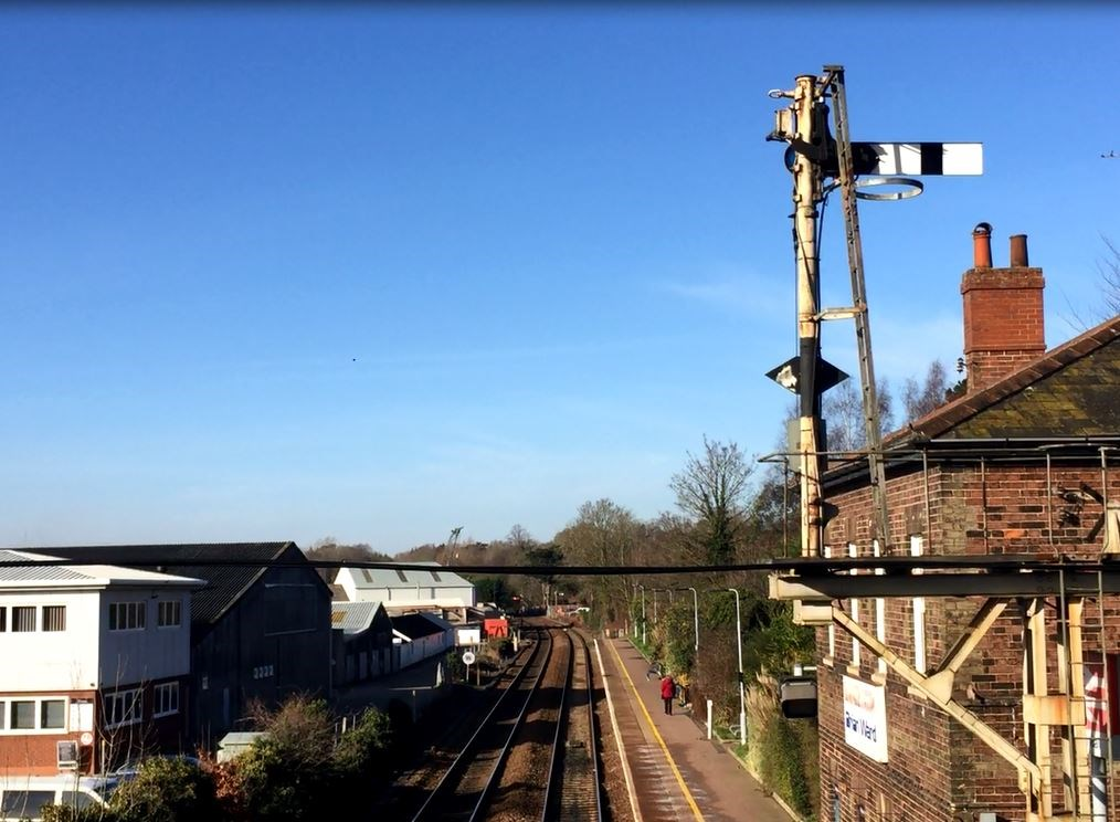 23-days of engineering work to complete modernisation of Wherry lines: Semophore signal at Brundall