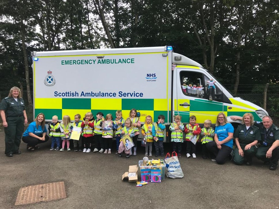 Nursery pupils donate to Scottish Ambulance Service: Dundee pupils