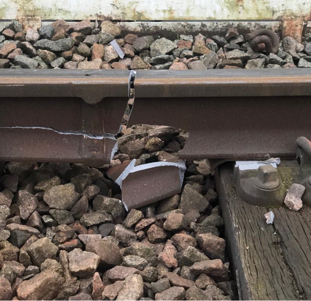 UPDATE: Gospel Oak to Barking line freight derailment: GOB track damage 1