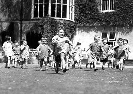 North London Islington Nursery evacuees at Ashenden Essex 1939-40