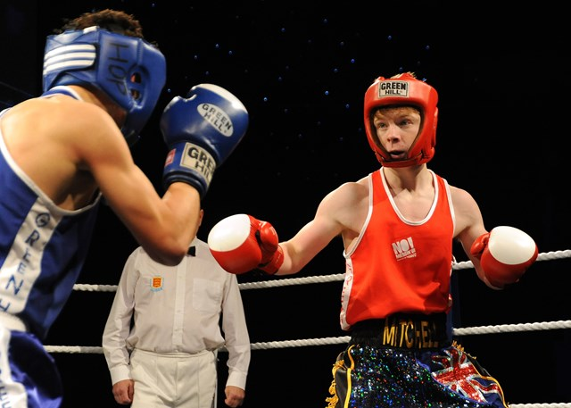 Gloves' Lee Mitchell (red) v Josh Pritchard (blue) from Portsmouth in the No Messin' tri-national boxing competition