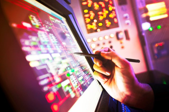 Delivering the first major digital railway - Network Rail procurement launched to find train control partner for route digital transformation: Delivering the first digital railway