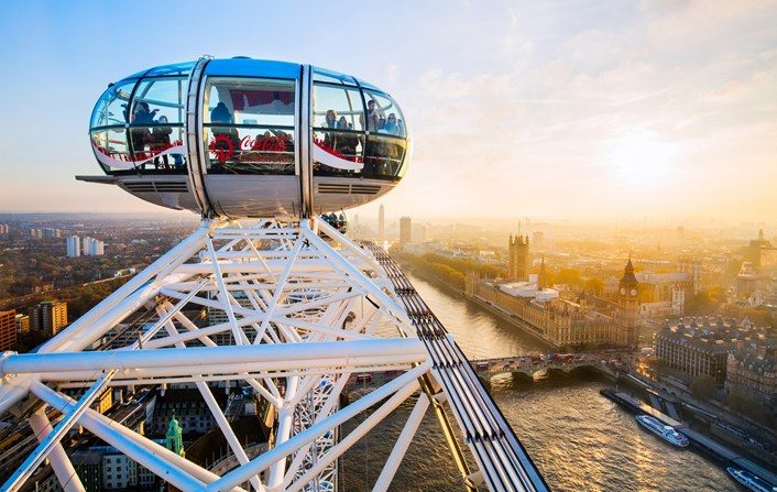 Mayor launches drive to boost domestic tourism: 2016 11 11 London Eye-40-Edit