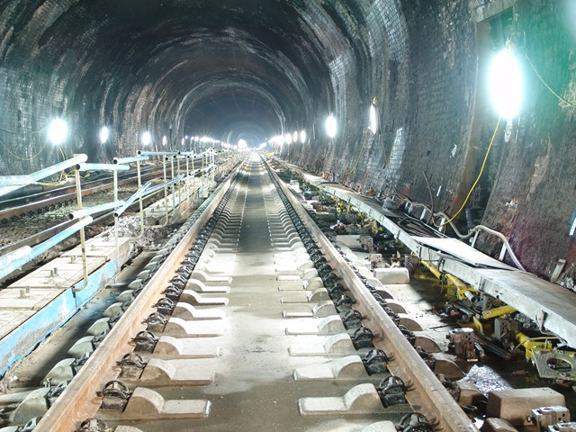 Southampton Tunnel New Track: Southampton Tunnel New Track