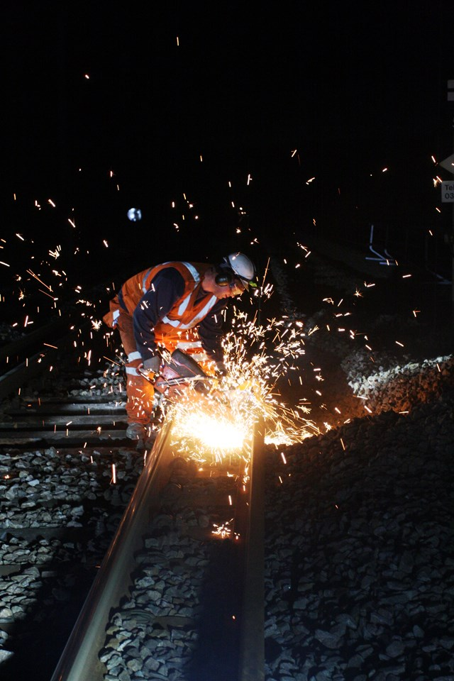 Improvement work to Tonbridge-Hastings railway through Tunbridge Wells planned to minimise disruption to passengers: Improvement work to Tonbridge-Hastings railway through Tunbridge Wells planned to minimise disruption to passengers: Sparks fly! Rail cutting by Network Rail contractors