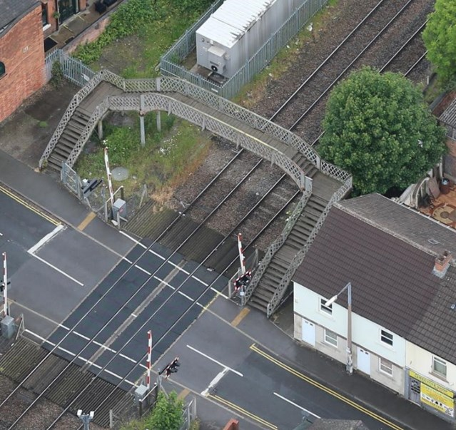 Long Eaton footbridge to close for vital upgrades: Long Eaton footbridge to close for vital upgrades-2