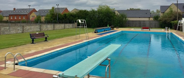 Woodstock open pool