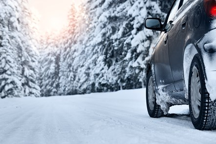 Driving home for Christmas: GoCompare urges drivers to check vehicles before they head off: Snow