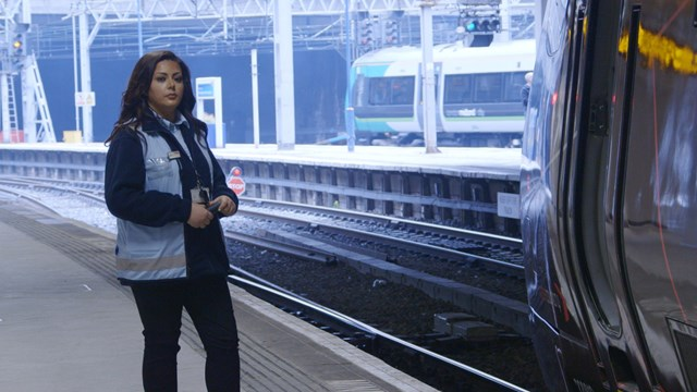 Railway heroes save over 1,000 lives on Britain's rail network in just a year: Railway heroes save over 1,000 lives on Britain's rail network in just a year: Neena Naylor, Network Rail train despatcher featured in Samaritans film-2