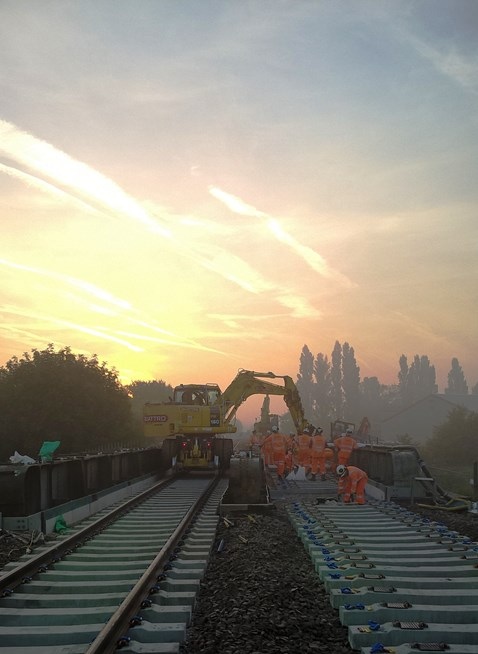 Harts bridge installation between Ely and Peterborough