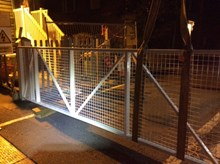 CHARTHAM3: New crossing gates being craned into position overnight in Chartham