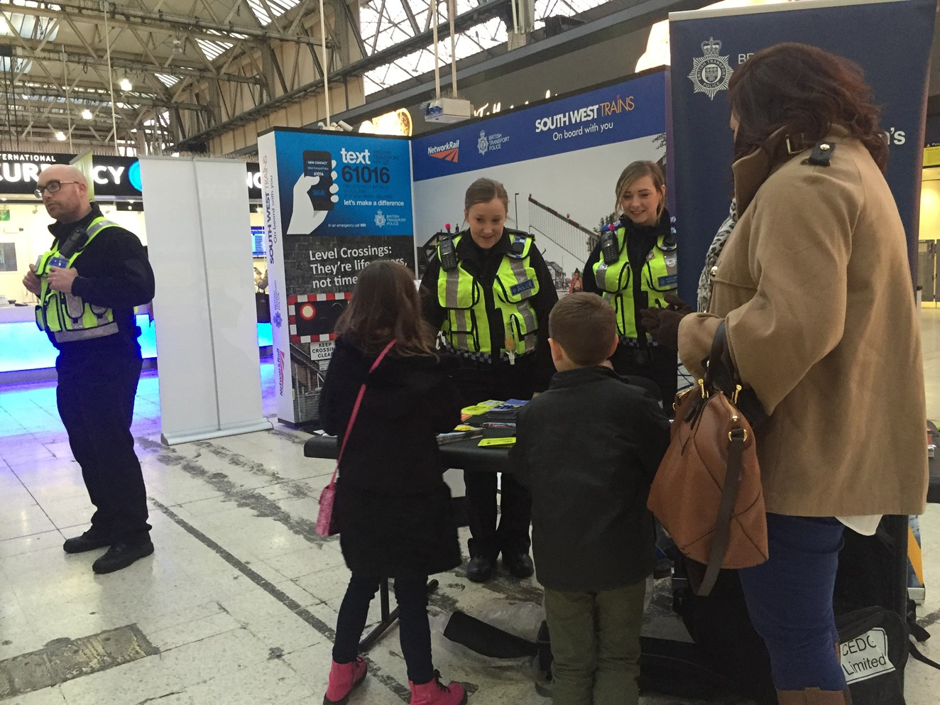 Network Rail and South West Trains ask passengers to stay safe near the railway this winter: Members of the public were invited to find out more about how they could stay safe near the railway