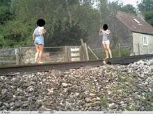 Users misuse the level crossing